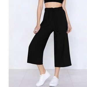 wide leg pants with draw string